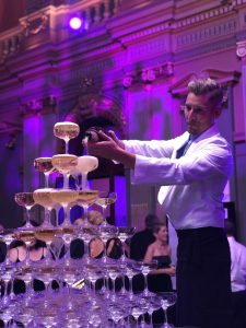 champagne-tower